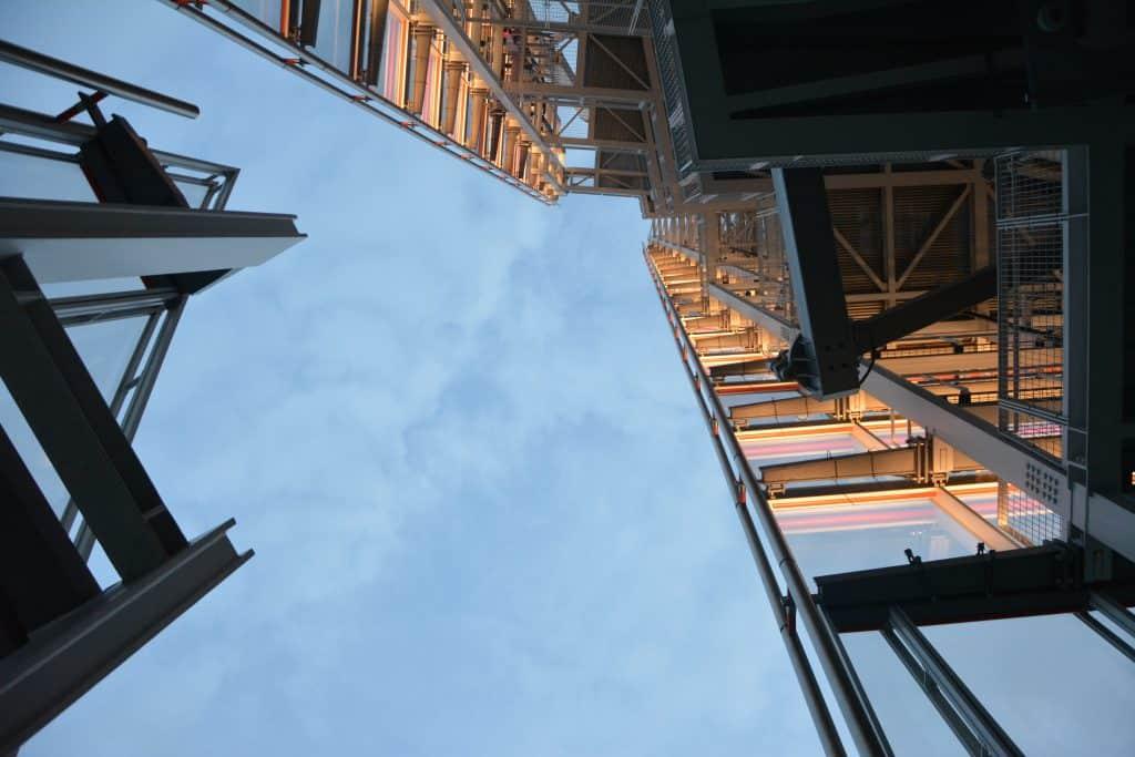 תכנון קונסטרוקציה פלדה על ידי מהנדס בניין
